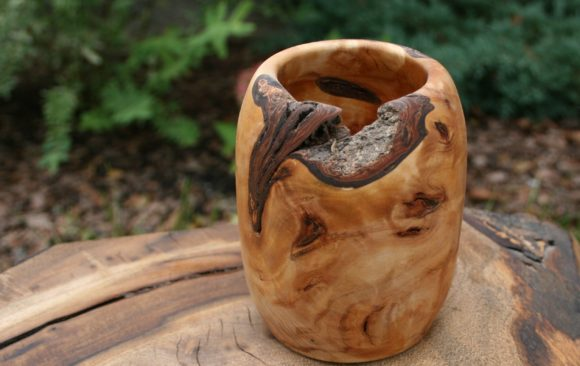 Small willow burl vase